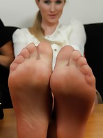 UK Tickling | Galleries | Photos | toniandmelissa01